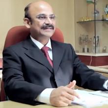Dr Thillai Vallal